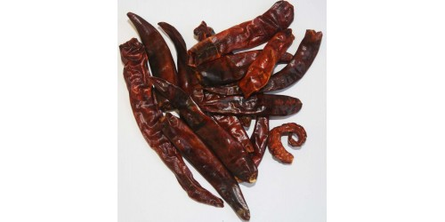 Chili / Cayenne Peppers (Capsicum annuum) / Organic / Whole Dried